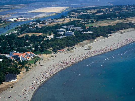 Ульцинь курорт Черногория: остров Ада-Бояна